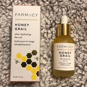 NWT Farmacy Honey Grail Ultra-Hydrating Face Oil